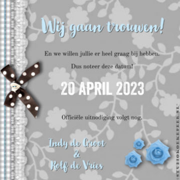 save the date kaart hout en bloemen